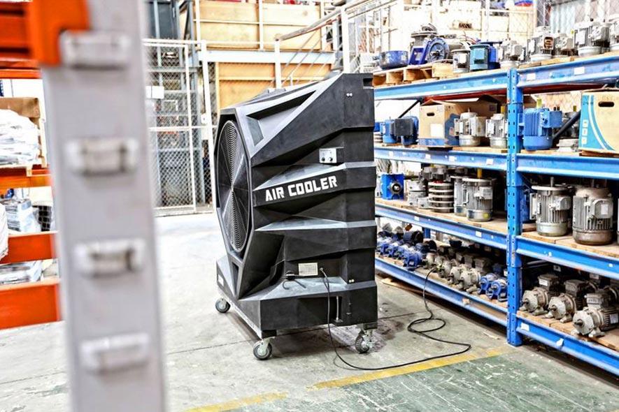 Climatiseur Mobile FoxAir dans un atelier/hangar