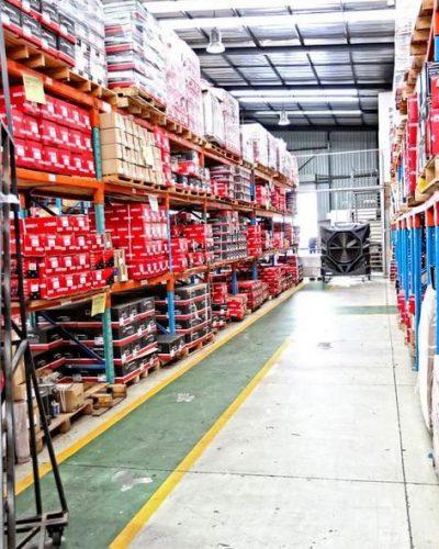 Climatisation Mobile FoxAir dans un entrepôt industriel